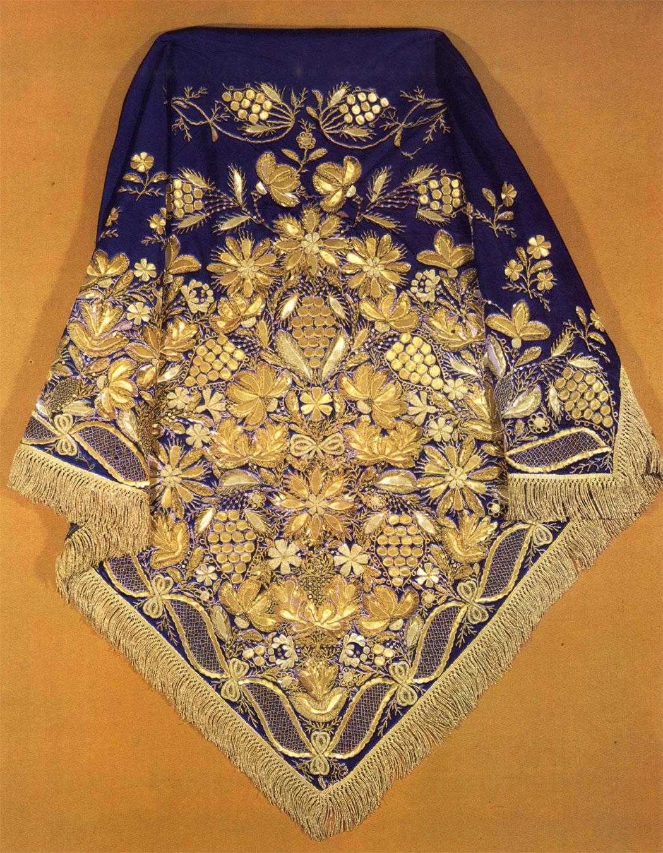 Какой Российский город с 13 века славится Золотой вышивкой по материи? 62